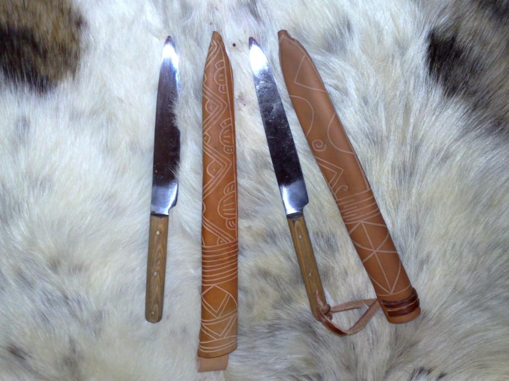 Messerscheiden aus Leder